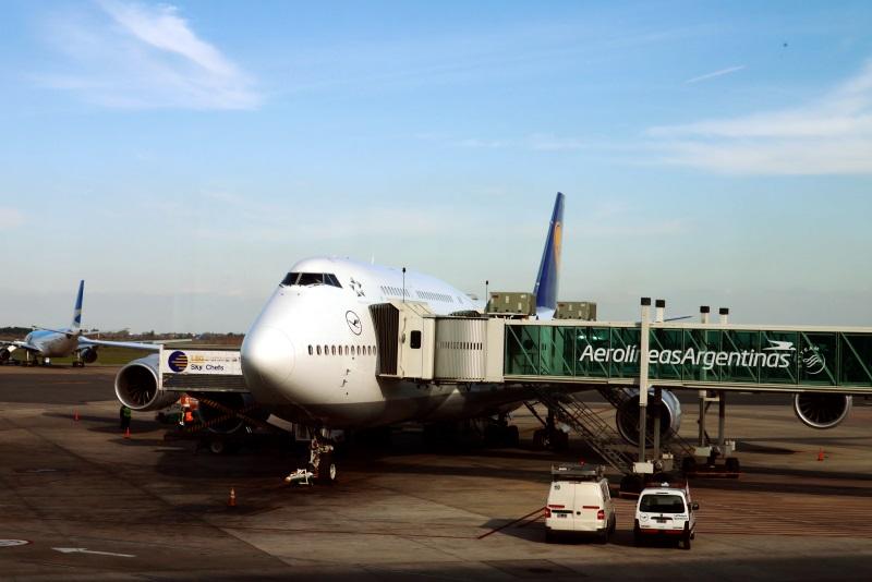 Lufthansa 747-8 at EZE