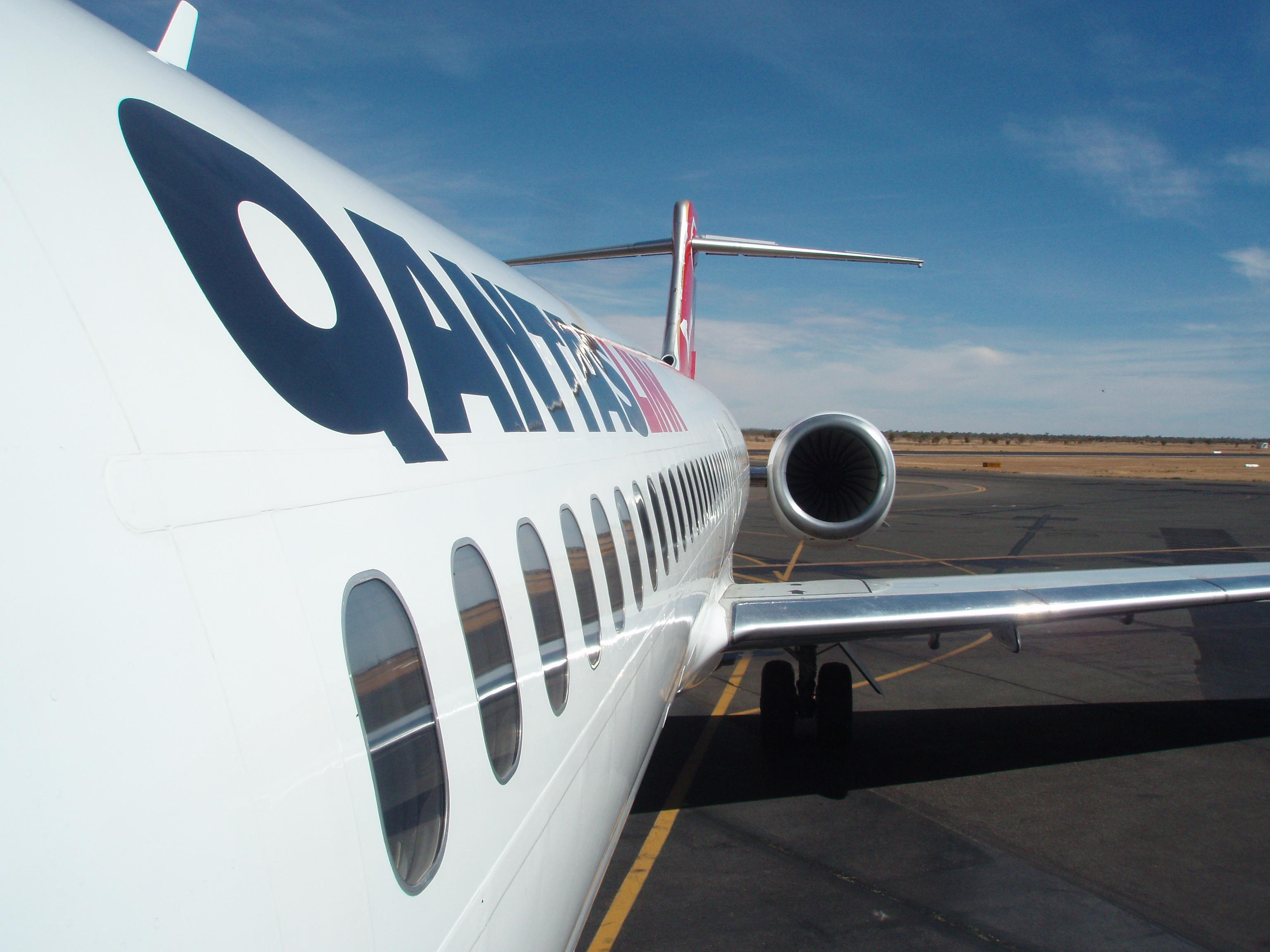 Qantas B717