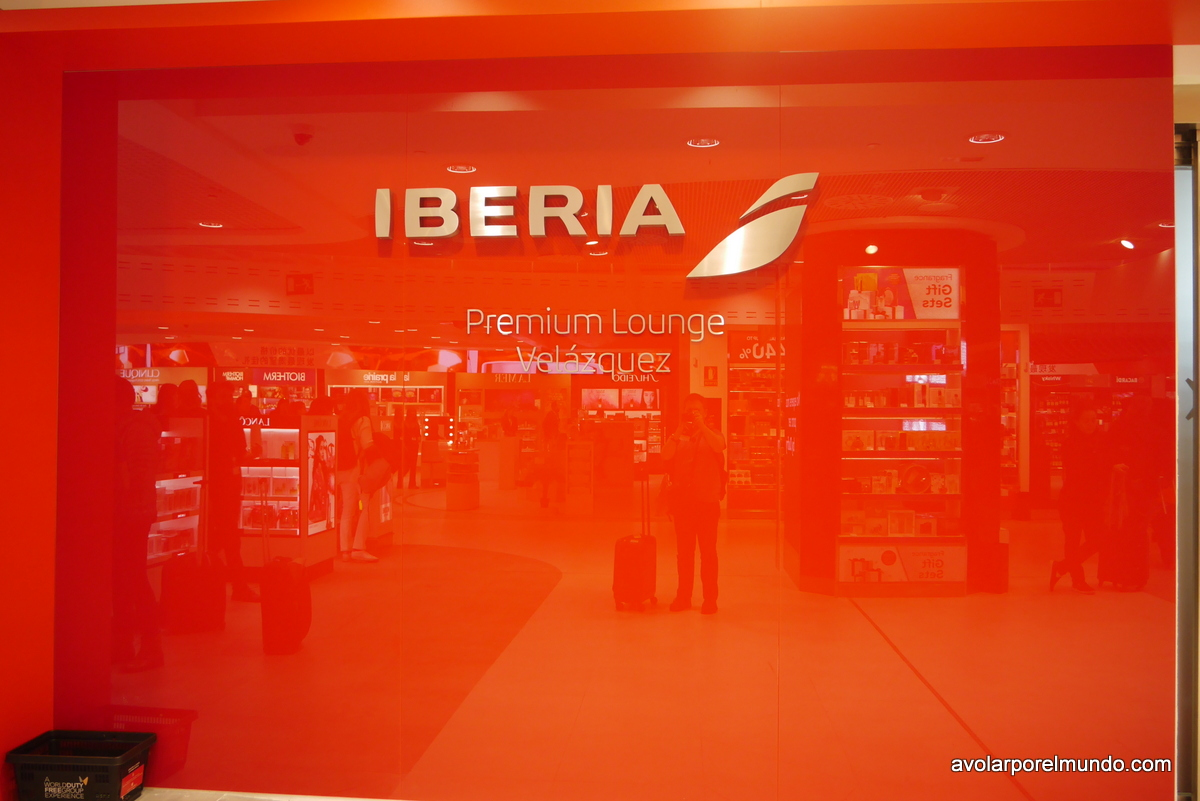 Iberia Lounge Velazques